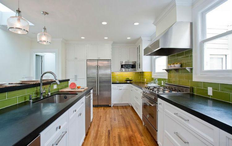 11 pomysłów na zielone ściany w kuchni -> Kuchnia Zielone Kafelki