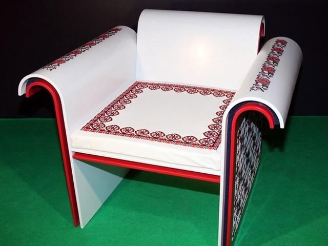 Meble haftowane w ukraińskie wzory