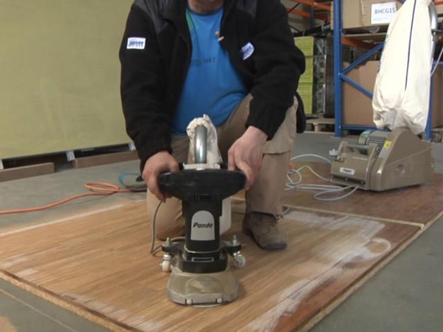 Jak odnowić bambusową podłogę?