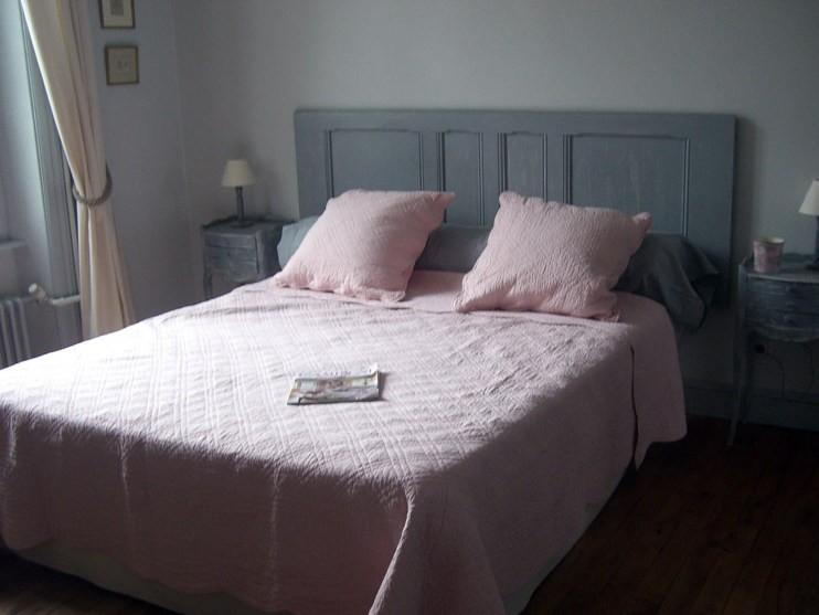 Szara sypialnia - Mieszkanie z pomysłem