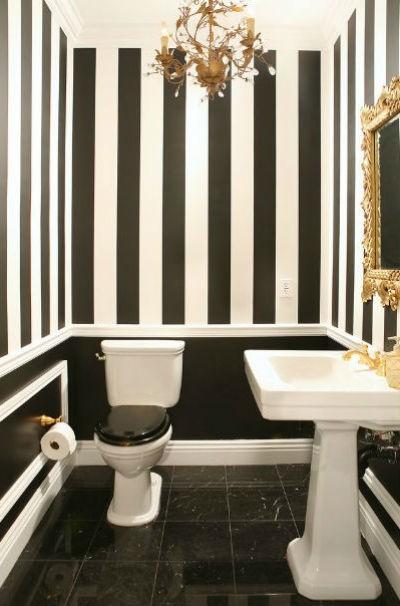 czarne ściany w pokoju, fot.: Arpa Design Build