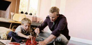 Czym pomalować drewniane zabawki dziecka?