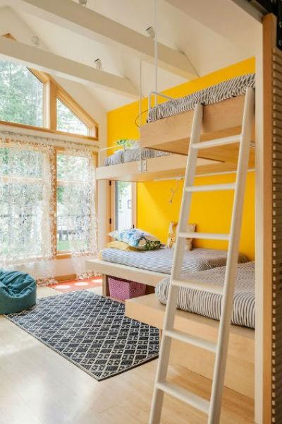 Cytrynowy żółty kolor na ścianie w pokoju dziecka, fot. Irvin Serrano