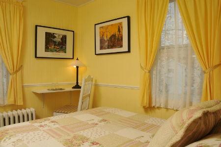 Żółta sypialnia, fot. gitefleury.com