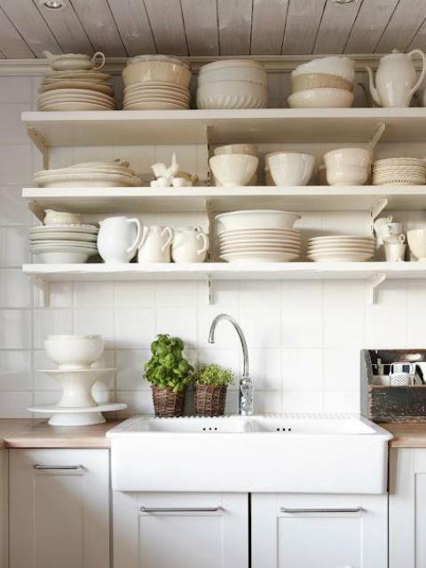 Kuchnia bez wiszących szafek
