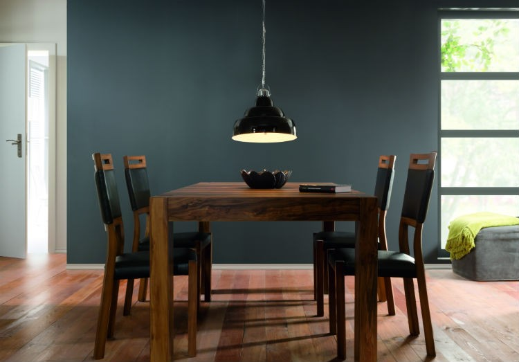 Drewniane meble w jadalni, Kolekcja Orient Black Red White