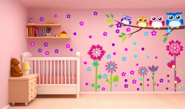 Naklejki ścienne do pokoju dziecka, źródło: www.naklejkomania.eu