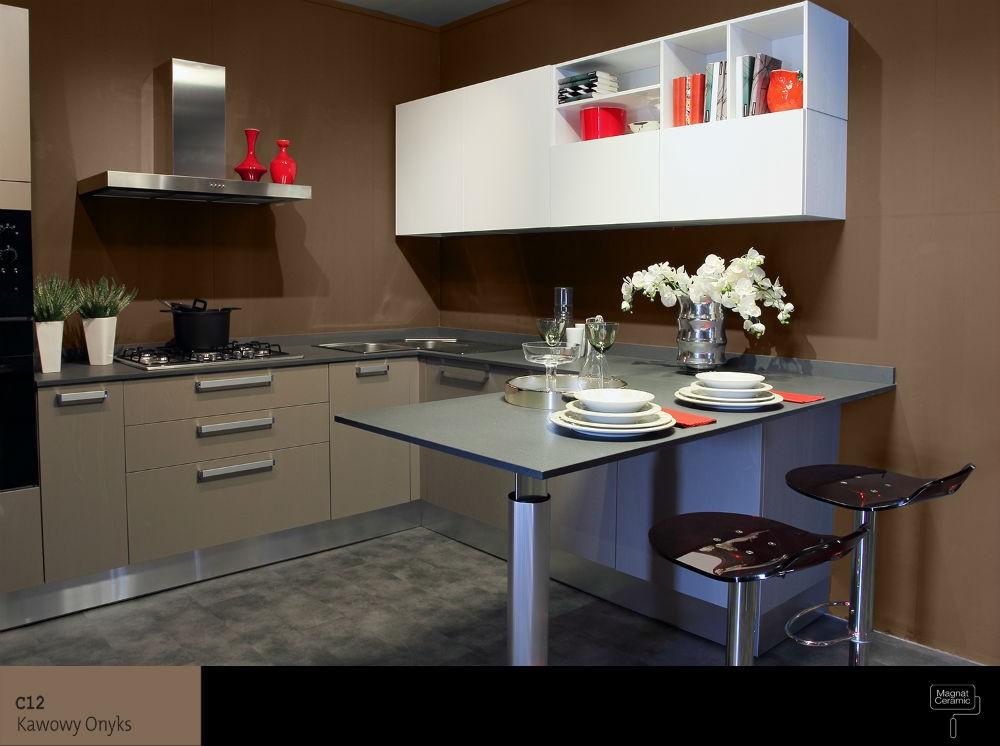 Ceramiczna, plamoodporna farba w kuchni