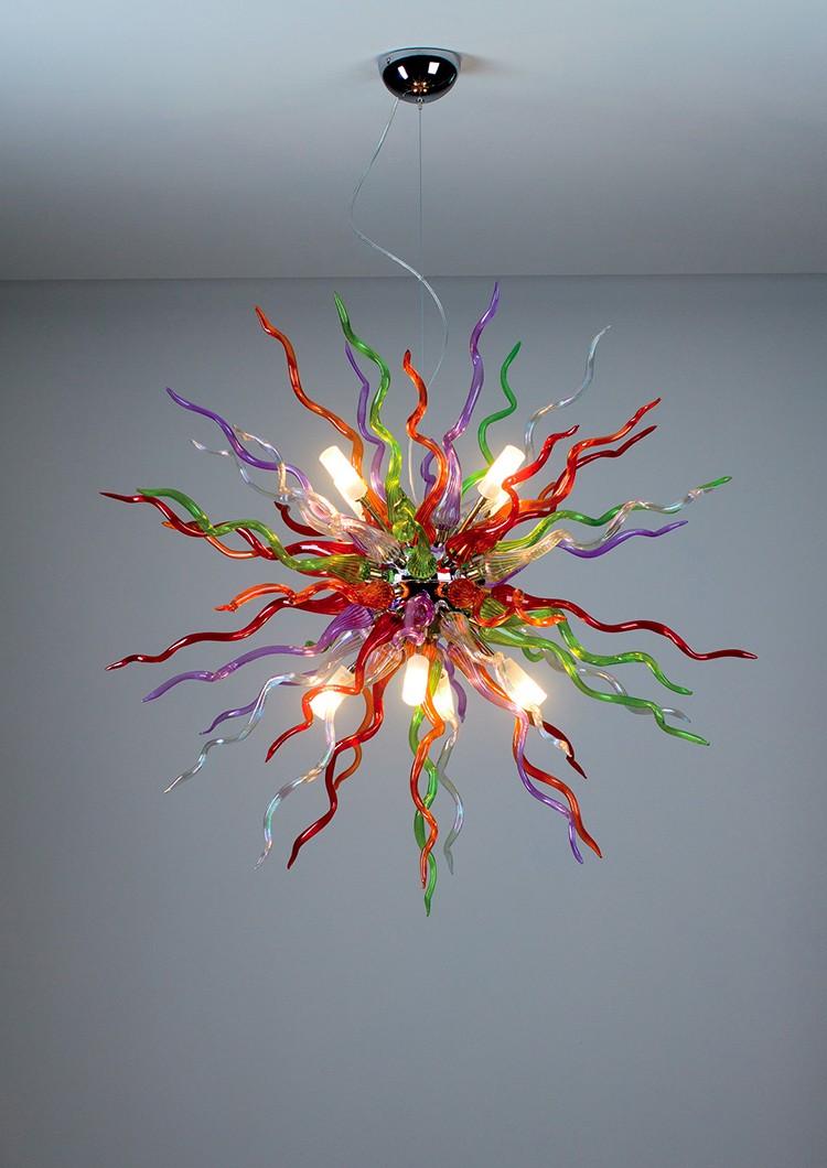 Siła światła tkwi w tradycji - lampa Devil