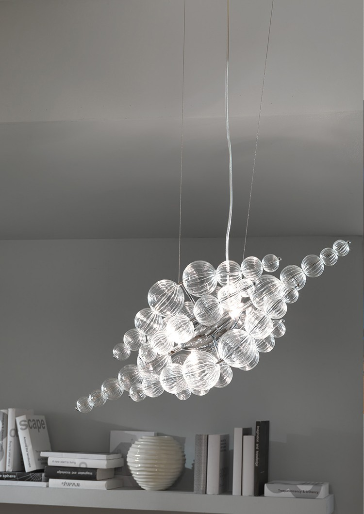 Siła światła tkwi w tradycji - lampa Michelino Nuvola