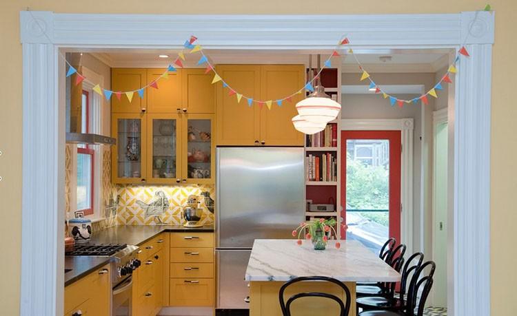 Żółta kuchnia - żółte meble kuchenne, fot.: Don Foote Contracting