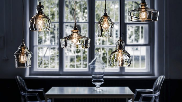 Oświetlenie salonu: tworzymy indywidualny styl