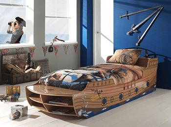 Łóżko do pokoju dziecka łajba pirata