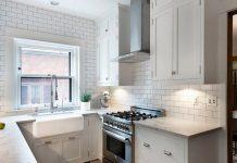 Mała kuchnia – praktyczne porady, jak ją urządzić