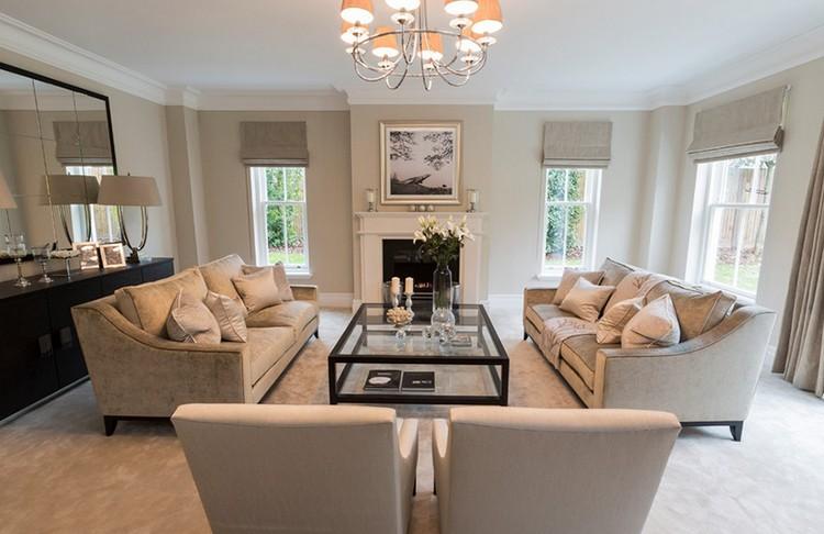 Gdzie ustawić kanapę w salonie? fot.: Luke Cartledge Photography