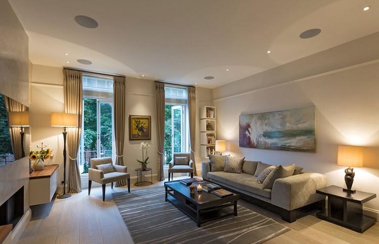 Gdzie ustawić kanapę w salonie? fot.: Clifton Interiors
