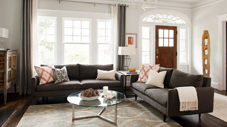 Gdzie ustawić kanapę w salonie? fot.: Terracote Studio