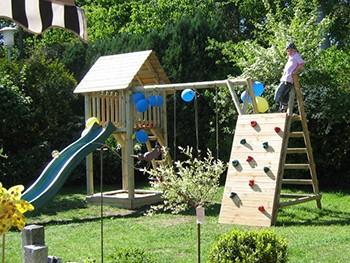 Zabawki ogrodowe - Plac zabaw ze stojakiem KONRAD I