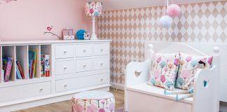 Subtelny i elegancki pokój dla 4-letniej dziewczynki