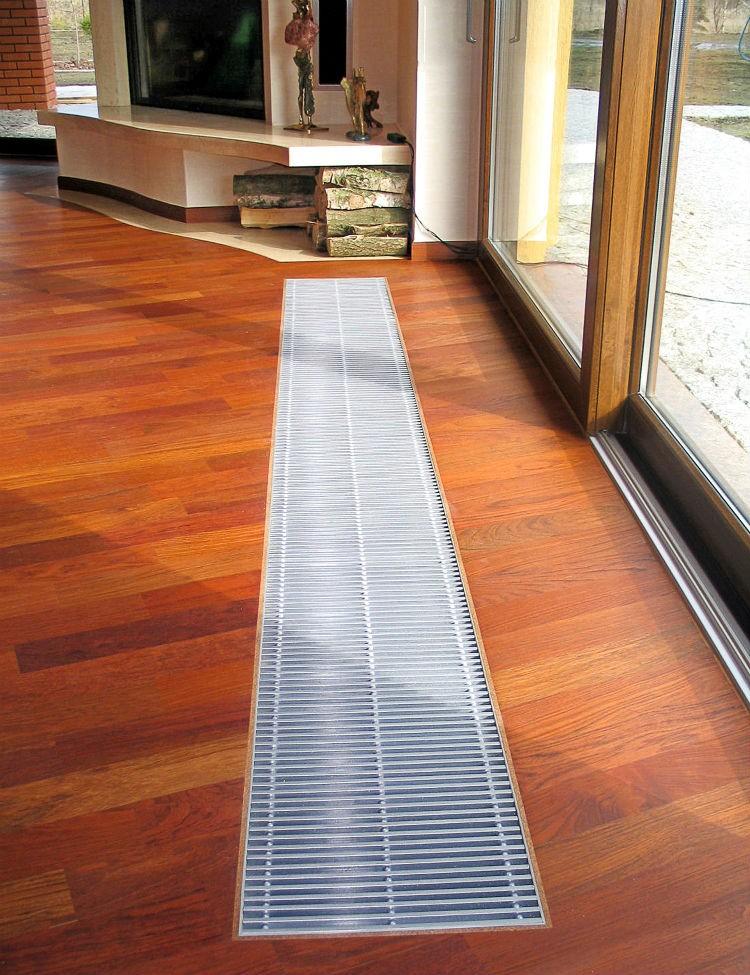 ogrzewanie podłogowe w salonie
