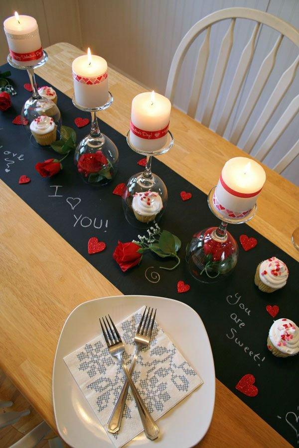 dekoracje stołu na walentynki