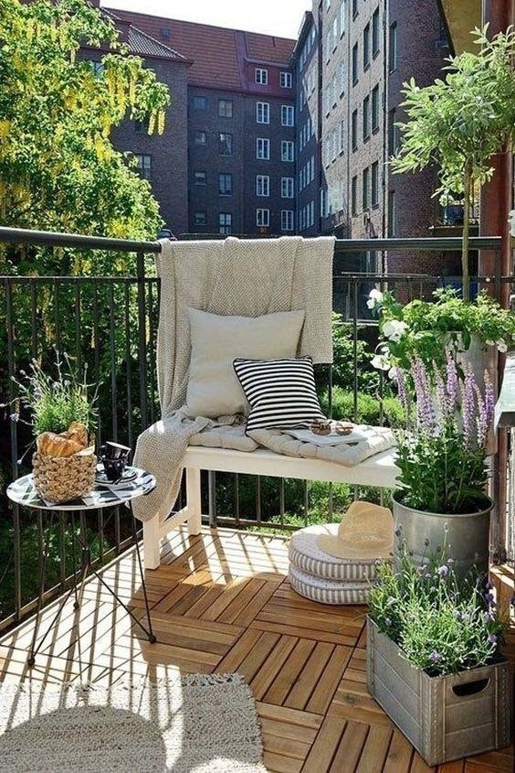 Balkonowe aranżacje na wiosnę