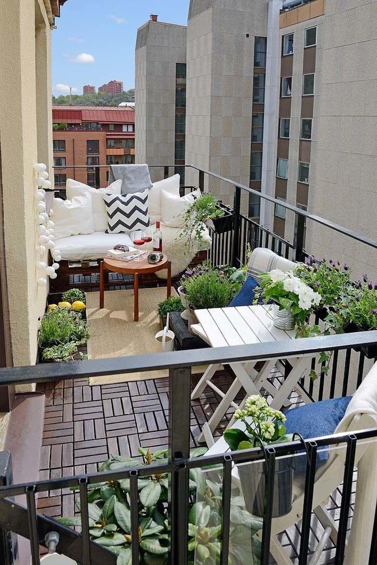 Aranżacja balkonu na wiosnę
