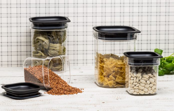 Przybory do kuchni, które ułatwią utrzymanie porządku