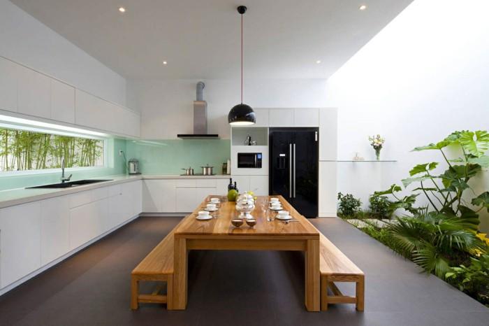 ściana w kuchni szkło