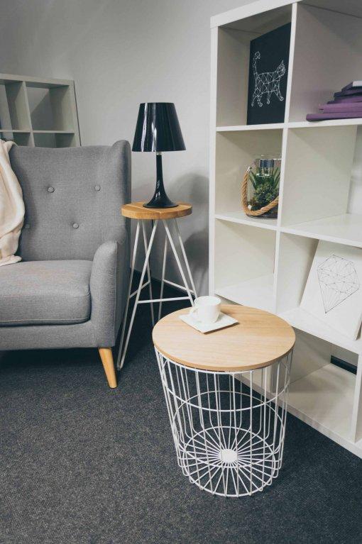 krzesło barowe w mieszkaniu