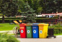 kontenery na śmieci